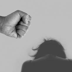 violence-against-women-4209778_1920.jpg